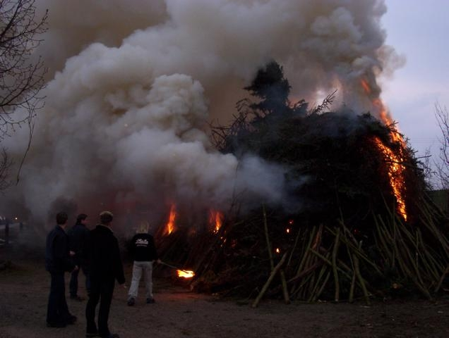 734_Osterfeuer 2003 024