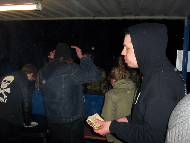1037_Osterfeuer2005 042